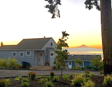 The cottage with Mt. Rainier in the background