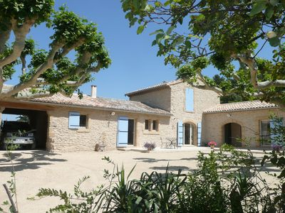 Photo for PROVENCAL MAS OF THE 18th AT THE FOOT OF LUBERON SWIMMING POOL TERRAIN 2000m ² in CHEVAL BLANC