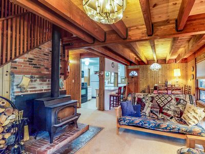 Photo for Cozy, family-friendly cabin near the slopes - enjoy spectacular starry skies!