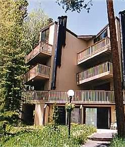 Photo for Silverthorne - Ski, Hike, & Bike from My Condo- from $ 120.00/Night