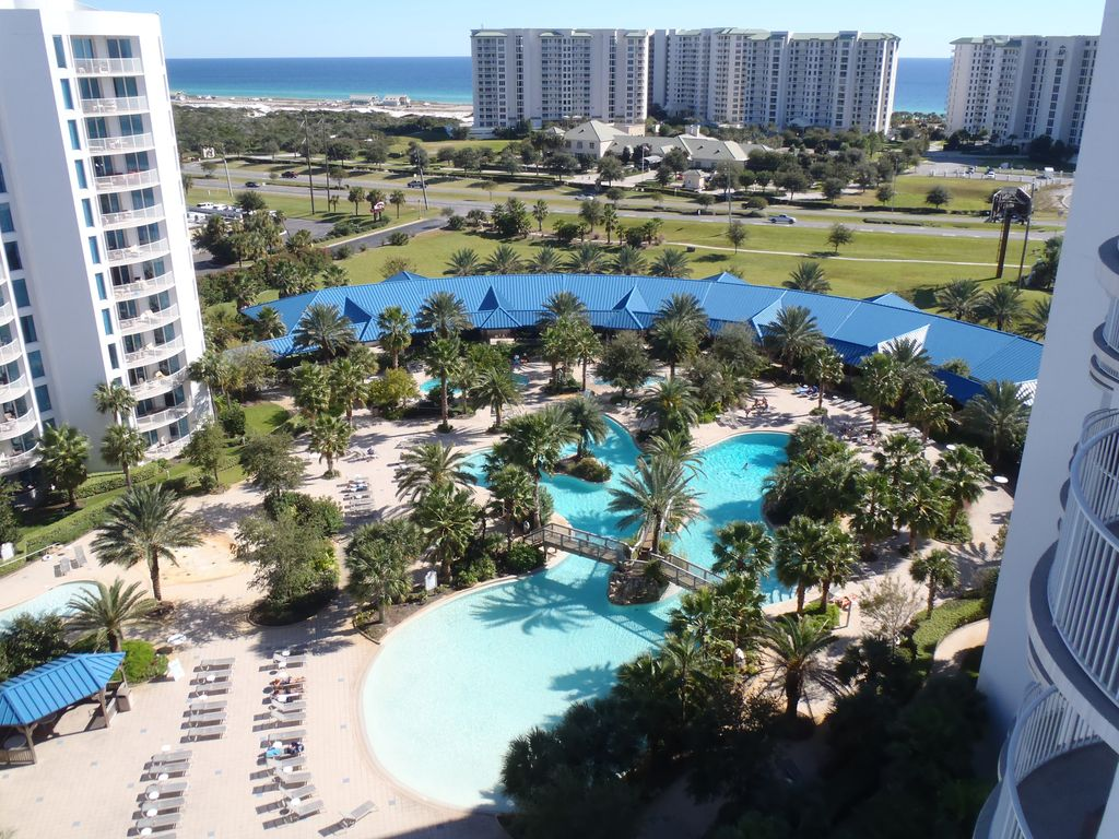 Condo destin 115641 abritel for Piscine 12eme
