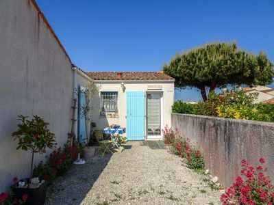 Photo for Vacation home La Remigeasse  in Ile d'Oléron, Poitou - Charentes - 4 persons, 2 bedrooms