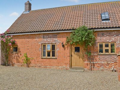 Photo for 2 bedroom accommodation in Aldeby, near Beccles