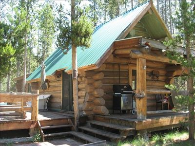 Little Casino Creek Cabin on 1 acre with 200 feet of riverfront on Salmon river