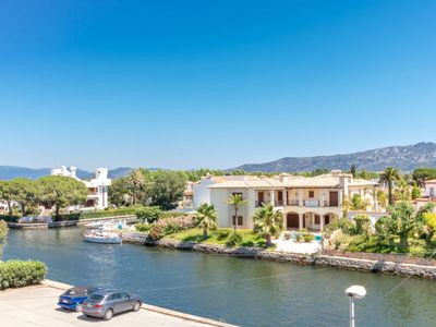 Photo for Apartment Port Alegre in Empuriabrava - 4 persons, 1 bedrooms
