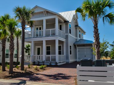 Photo for WaterSound Beach Luxury Vacation & Business Home. Golf Cart,Bikes,Beach toys,30A