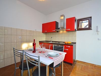 Photo for Apartment Bilice in Bilice - 2 persons, 1 bedrooms