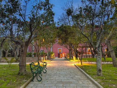 Photo for Villa Il Principe with Garden, Terraces and Parking