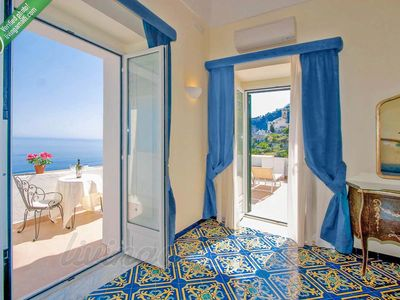 Photo for Living Amalfi: Huge Villa up to 19 guests, stunning sea view!
