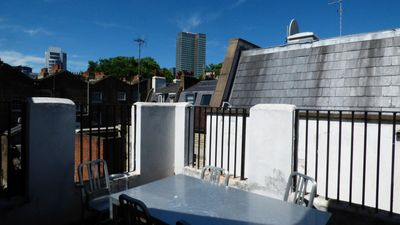 Photo for 2 Bed Victorian split level in  Fitzrovia//Oxford St/Terrace/ From £150- £180