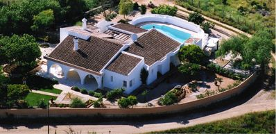 Photo for Hilltop Villa, Air Conditioning, UK Internet TV, Large Pool, North/South Views.
