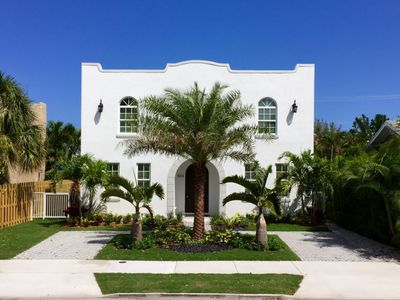 Photo for Beautiful Modern 2-story home with private pool and cabana minutes from the beach