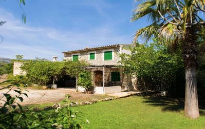 Photo for SON JORDÀ, Lovely and spacious villa with big pool in an amazing place (AC,WIFI)