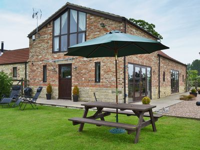 Photo for 2 bedroom accommodation in Tockwith, near York