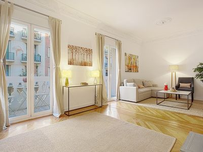 Photo for Big Apartment 2 Bedrooms & 2 Bathrooms. Chamberí