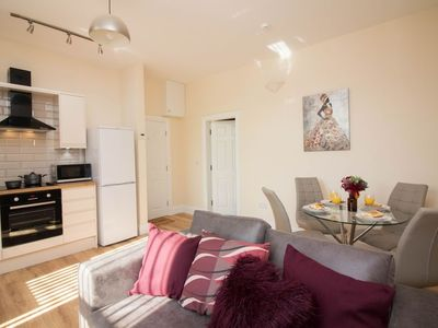Photo for Apartment in the center of Doncaster with Internet, Washing machine (708605)