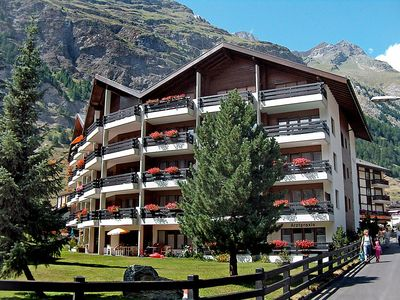 Photo for Apartment in the center of Zermatt with Internet, Lift, Terrace (46007)