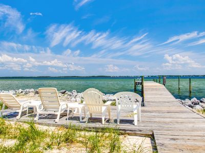 Fishing, Crabbing, Boating, Kayaking. Sound Front Home with a Pier!