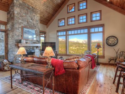 Photo for Stunning Luxury Ski Retreat. Private Deck, Hot Tub, High End Luxury Amenities!