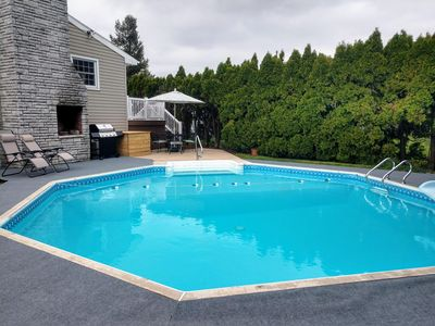 Photo for Private home with pool near Hershey and attractions