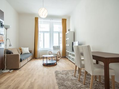 Photo for Modern apartment w 1BR located near park and the centre by easyBNB