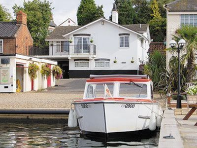 Photo for 1 bedroom property in Horning. Pet friendly.