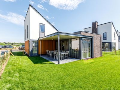 Photo for Spacious, modern and child-friendly villa in Limburg