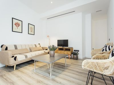 Photo for Nice and spacious apartment in Seville Center