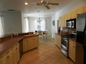 Creekside Paradise I: Exclusive Villa, Private Pool, Creek Access With ...    2032382