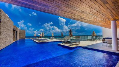 Photo for The best Playa del Carmen has to offer with a stay at Cruz Con Mar