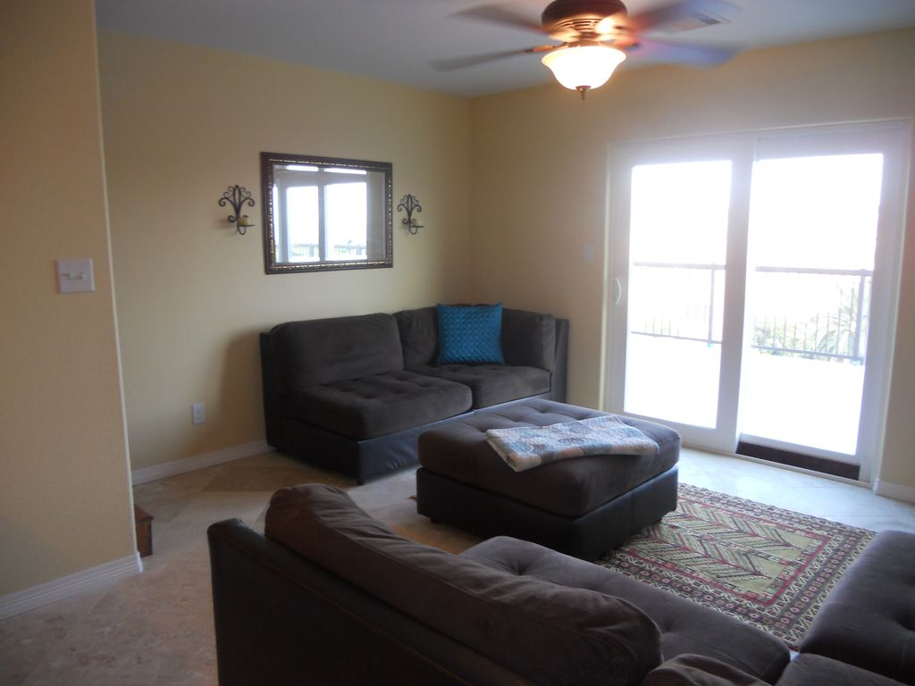 199 Nightly Special Oceanview Poolview Top Floor Townhouse 2 Bedroom 2 Bath Galveston Texas