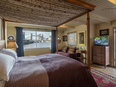 Photo for A unique home with London's classic view of Tower Bridge and the River Thames