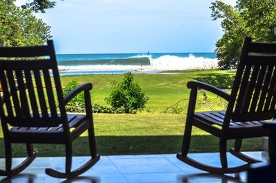 Get Your Daily Surf Report of Playa Colorado Surf Break From Your Patio.