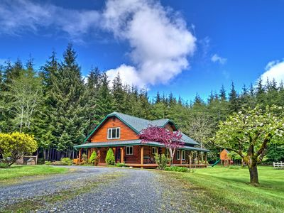 Photo for Delightful Home on 10 Acres - 10 Mins to La Push!