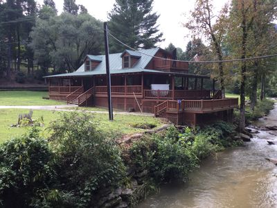 Private ! Hot Tubs, Massage Chairs, White Water only from river 3- Large decks !