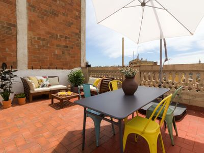 Photo for 1BR Apartment Vacation Rental in Barcelona, Barcelona