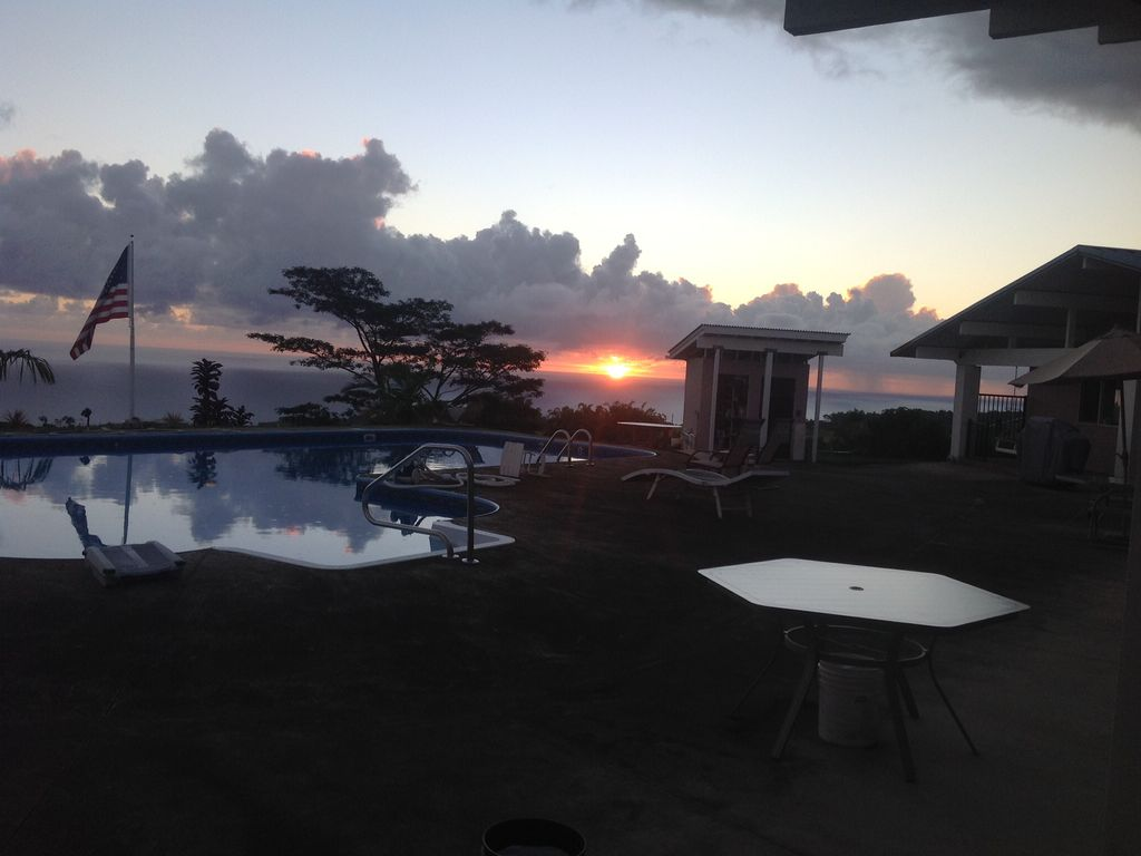 ninole singles Residential property for sale in ninole,hi (mls #296133) learn more from elite pacific properties 50 bath home could be just what you have been waiting for.