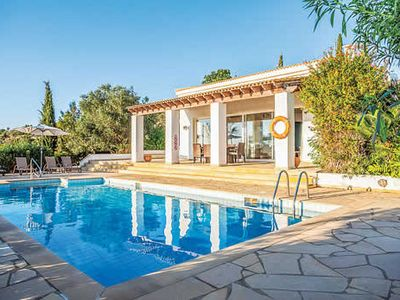 Photo for 4BR Villa Vacation Rental in Peyia