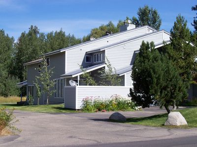 Photo for Townhouse 4 minute Walking Distance to Downtown McCall