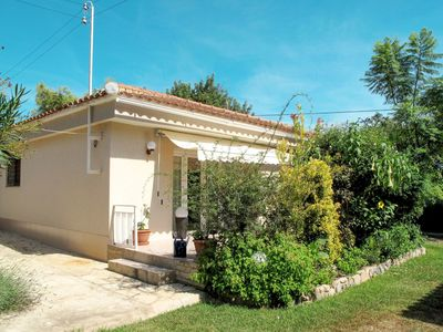 Photo for Beautiful apartment for 4 people with pool, WIFI, TV, balcony and parking