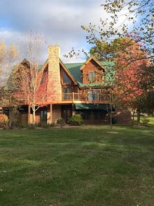Log cabin staycation for families! Beautiful country setting.