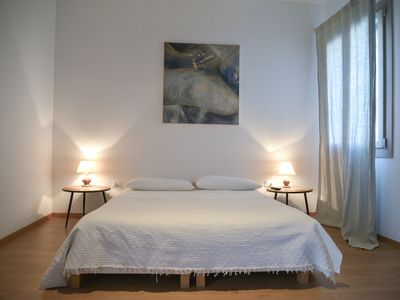 Photo for Heart of Venice: central apartment, 2 bedrooms living room AC & free internet Wifi