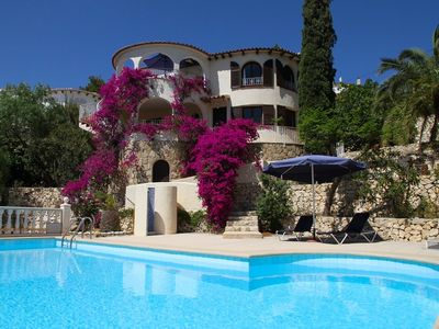 Photo for Holiday villa with wonderful sea-view, private pool, internet, air-condition