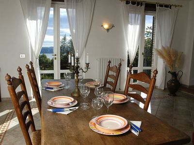 Photo for Romantic located vacation flat above the Trasimeno Lake