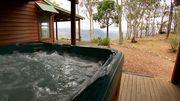 Bilby Spa Lodge - family or couples nature retreat