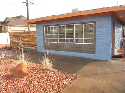 Photo for The Bungalow - 2 bd, 1 ba cozy, bright home