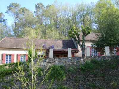 Photo for Holiday home in Périgord, a green and quiet.