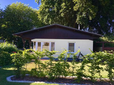 Photo for Holiday home Boddenhus - WLAN, 2 bedr., Garden - by the water - holiday house