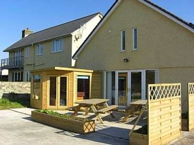 Glynogwr Lodge has Spectacular Views and Scenery An Ideal Location just off M4.