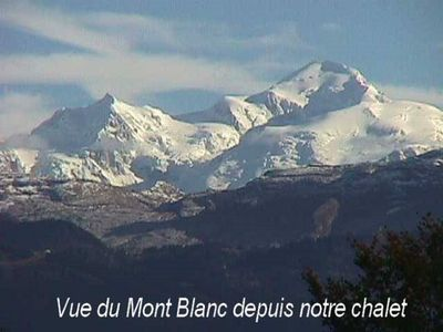 Photo for Fully equipped apartment in chalet with parking, terrace and views of Mt Blan